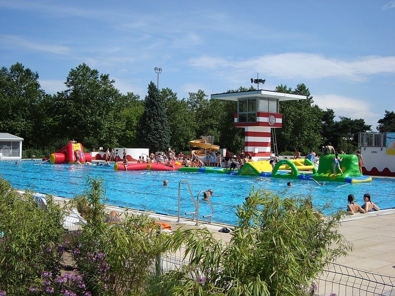Mombacher Schwimmbad